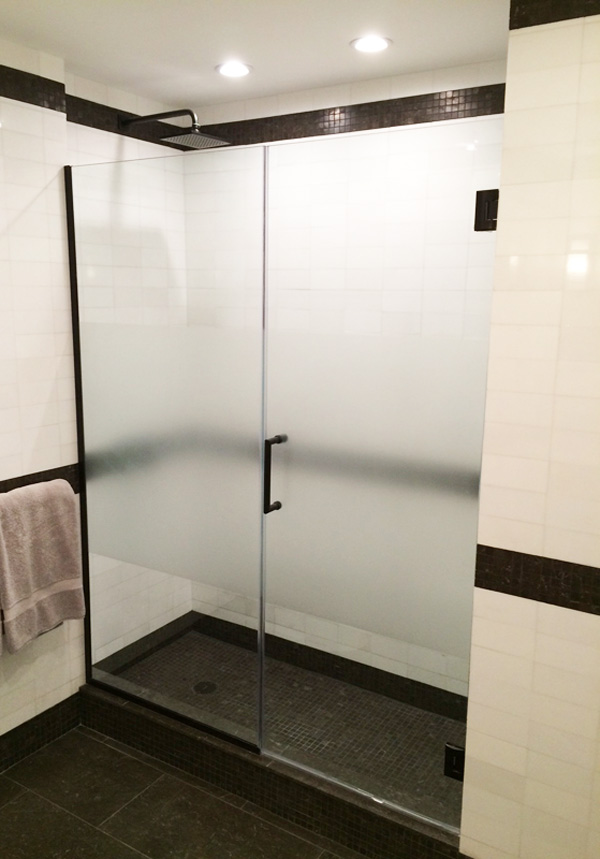 Interior Design New York NYC Joe Cangelosi West Village Vacation House Bathroom Shower