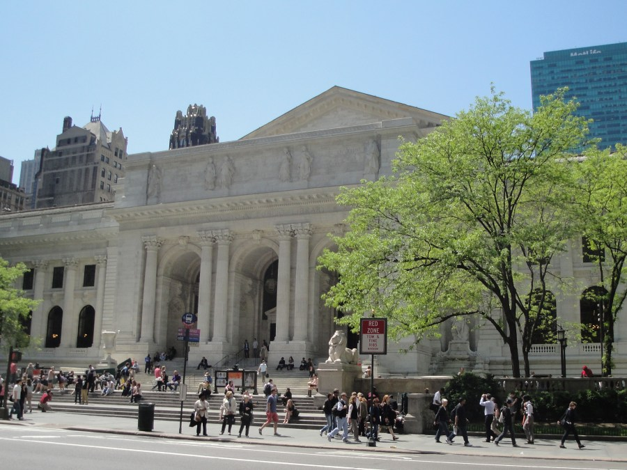 6_BeauxArts_New_York_Public_Library_May_2011