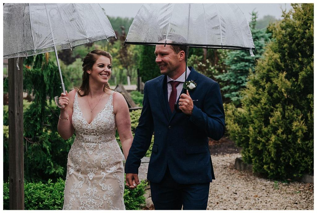 Walking down a stone path | Rainy wedding photo ideas | Hanover Wedding