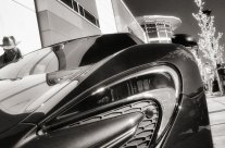 Mirrorless Infrared Photography of Cars