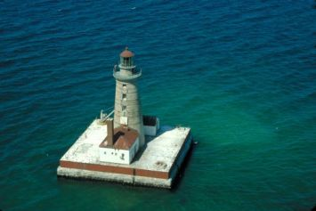 Spectacle Reef Lighthouse