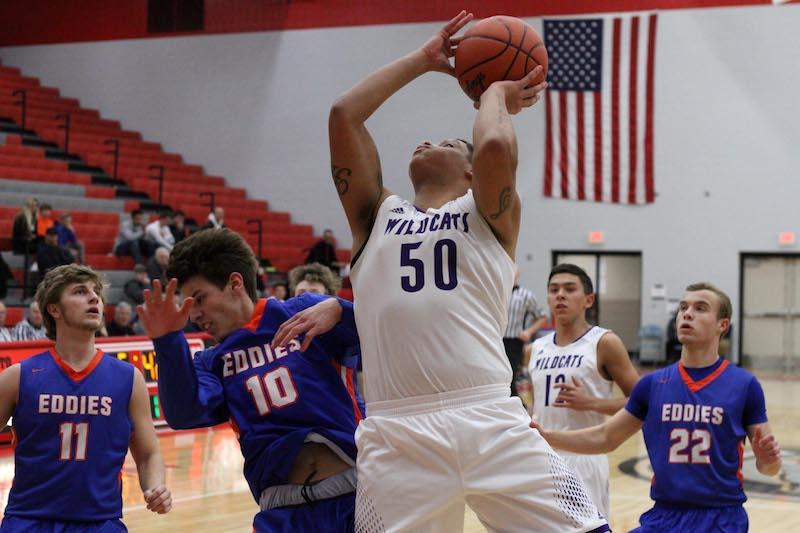 Three Rivers boys basketball team hangs on for Class B district semifinal nail-biter vs. Edwardsburg