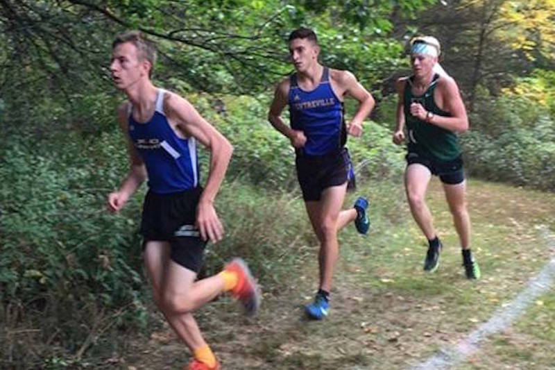 Cross Country Roundup: Area runners compete at MSU, Mendon and Holly Invites