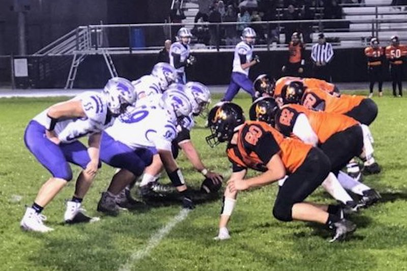 Three Rivers football team moves to 7-1 after blowout road win over Allegan