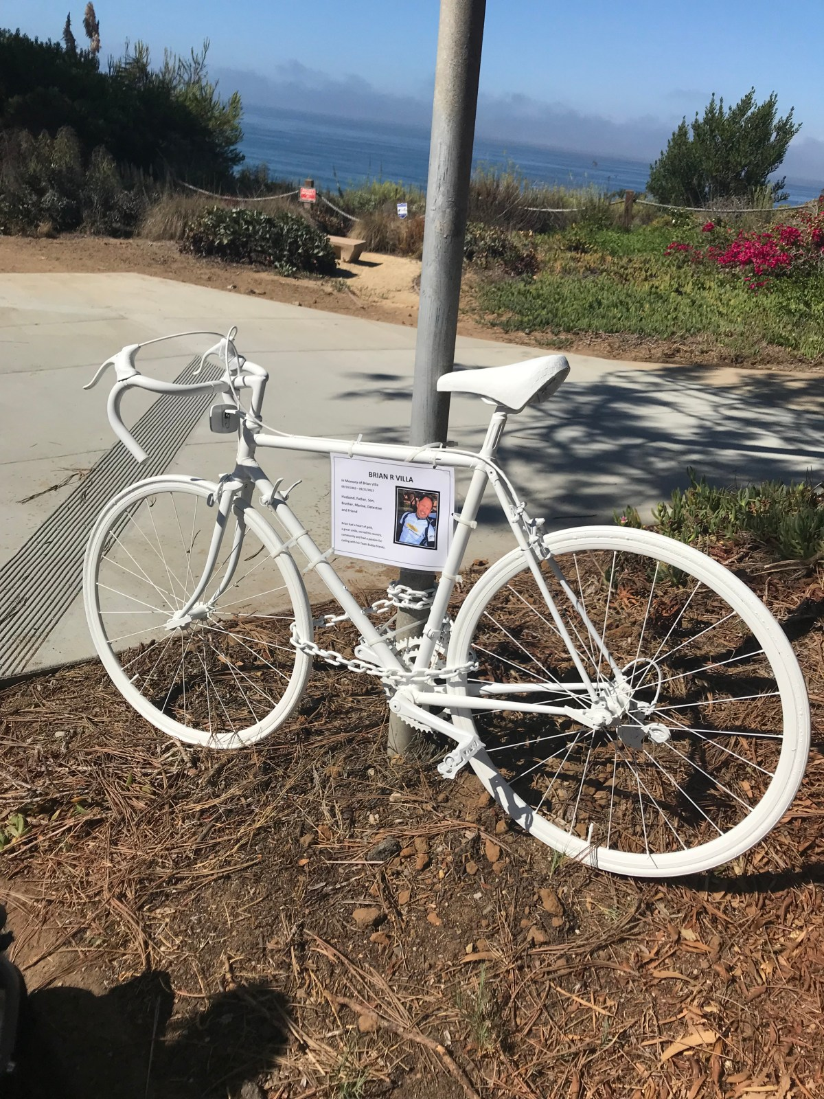 White Bike Memorial in Del Mar for LA Detective Brian R Villa
