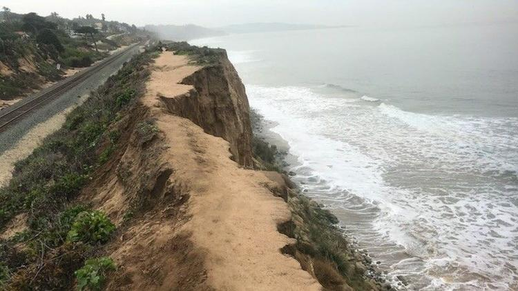 Another Section of Cliff Collapses in Del Mar