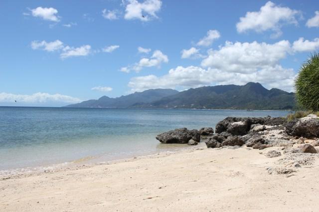 Porto Laiya has a 400-meter long beach