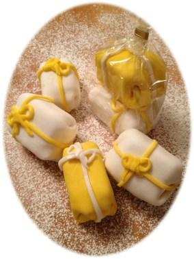 Cadeaux 3D surprise en pâte sucre