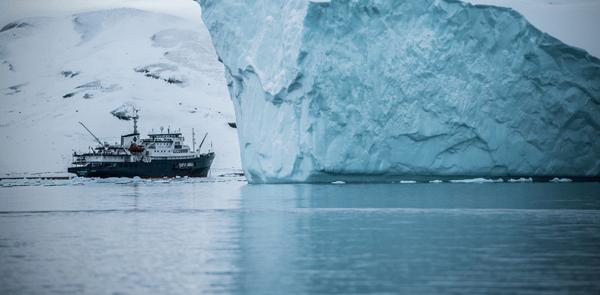 Cuando La Crisis Estalla, No Veas Solamente La Punta Del Iceberg.