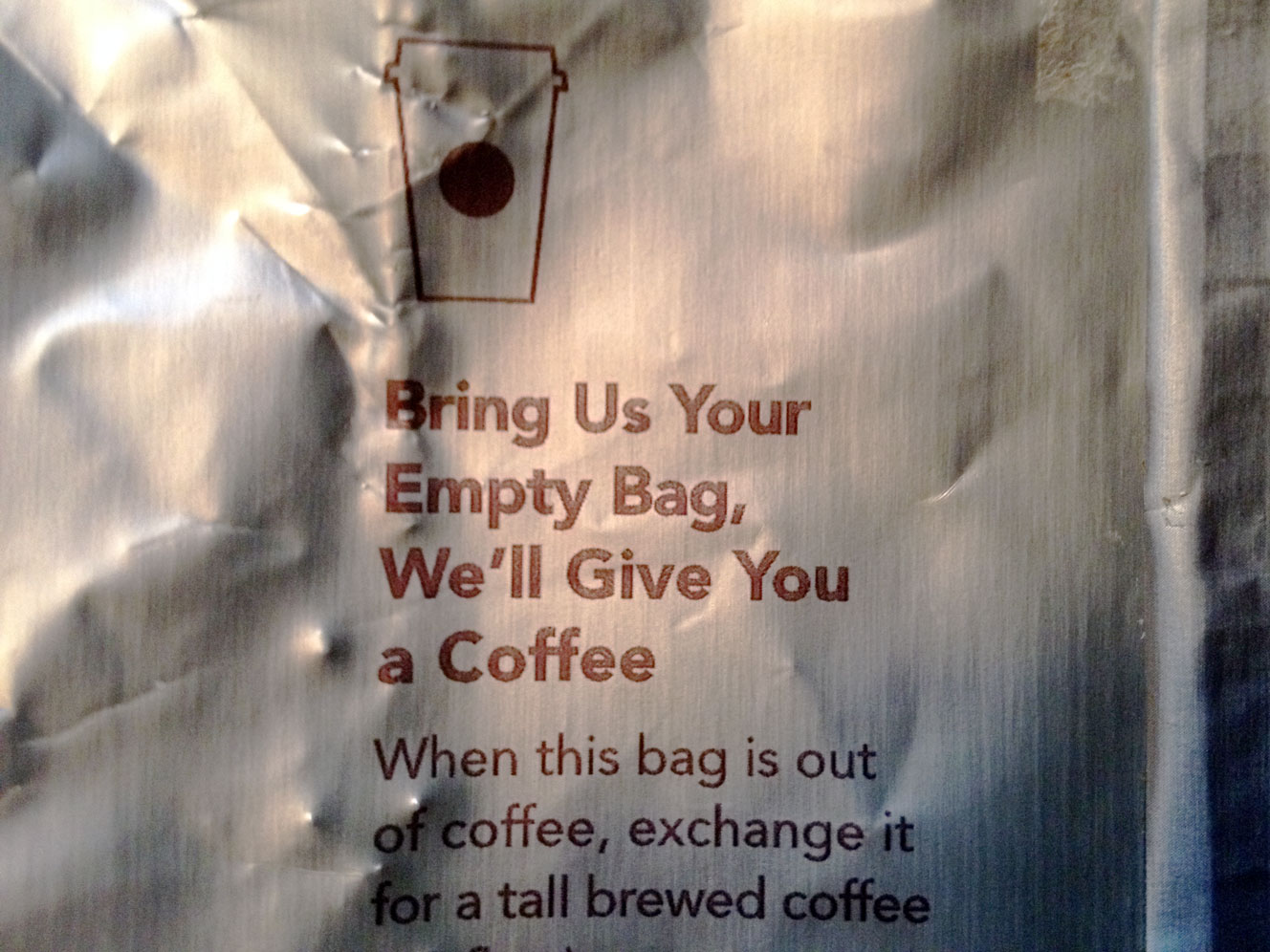 starbucks_gold_bag_2014