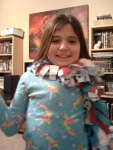 2009_MiddleScarf