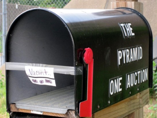 Pyramid Mailbox - vacant