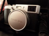 Finepix-X100-Side-Front