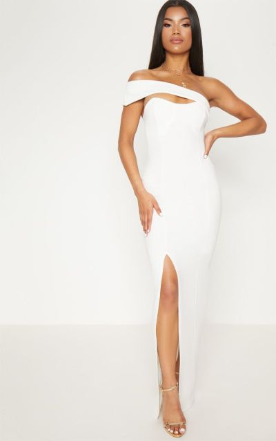 Elegant White gown with one shoulder