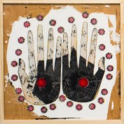 anna-maes-hands