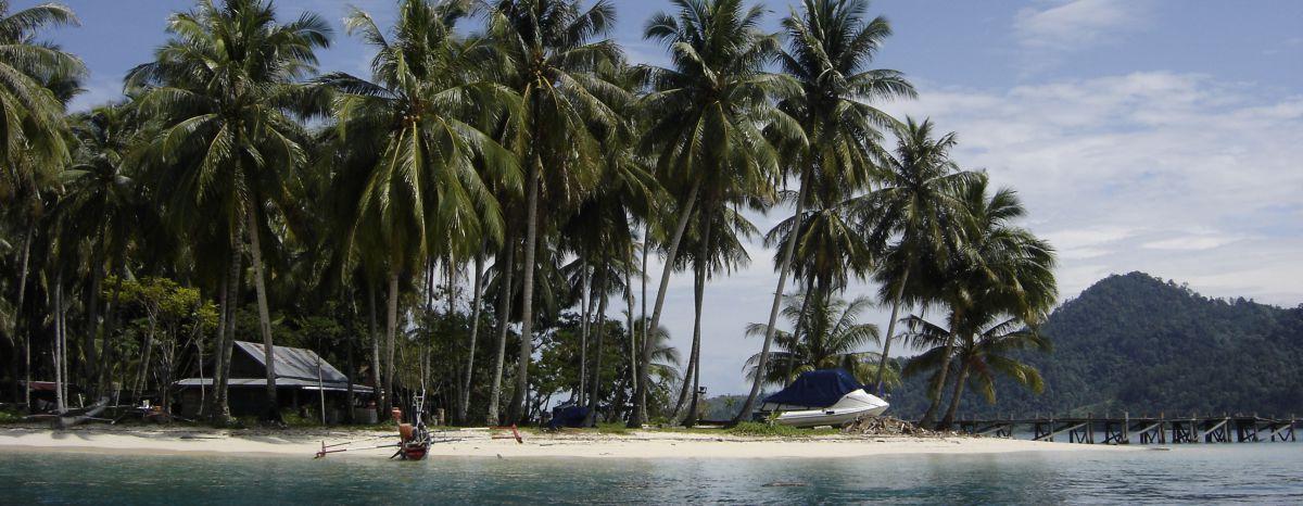 Beach_beauty_shot_Sumatra