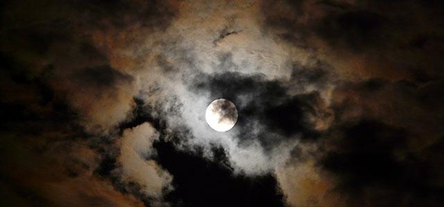 meditáció éjjel