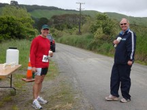 Gerry and Alister (who manned the water table) having a chat while we take a rest at the start of the Greens Road out-and-back section.