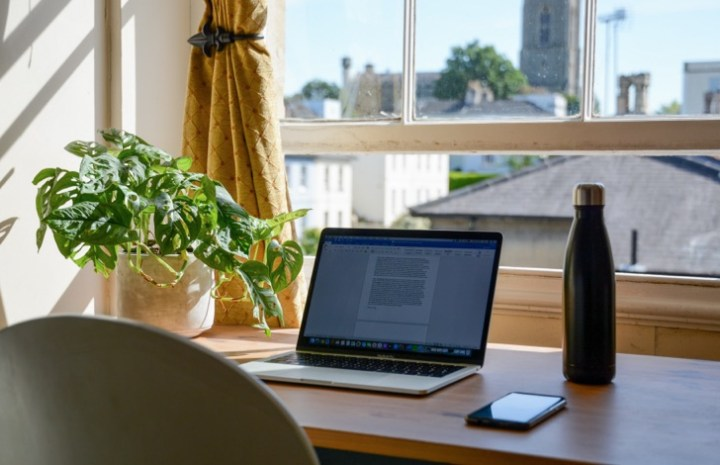 7 सबक जो मैंने घर से काम करते हुए सीखे (7 Lessons I've Learned While Working From Home)