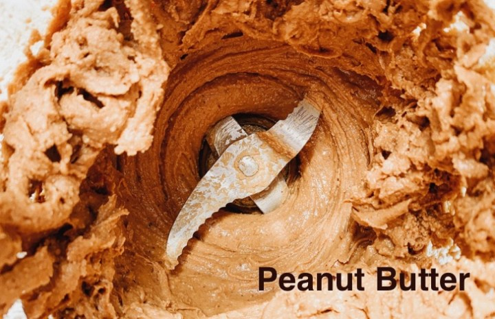 Benefits of eating peanut butter