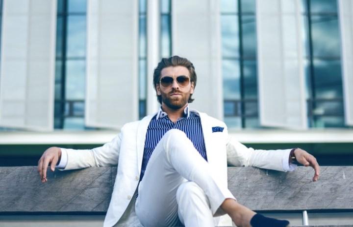 पुरुषों को स्मार्ट और स्टाइलिश दिखने के 14 टिप्स –  14 Tips for Men to Look Smart and Stylish