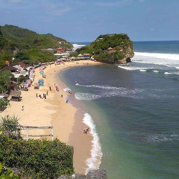 Pantai Indrayanti, sumber ig atur_kusdiyanto