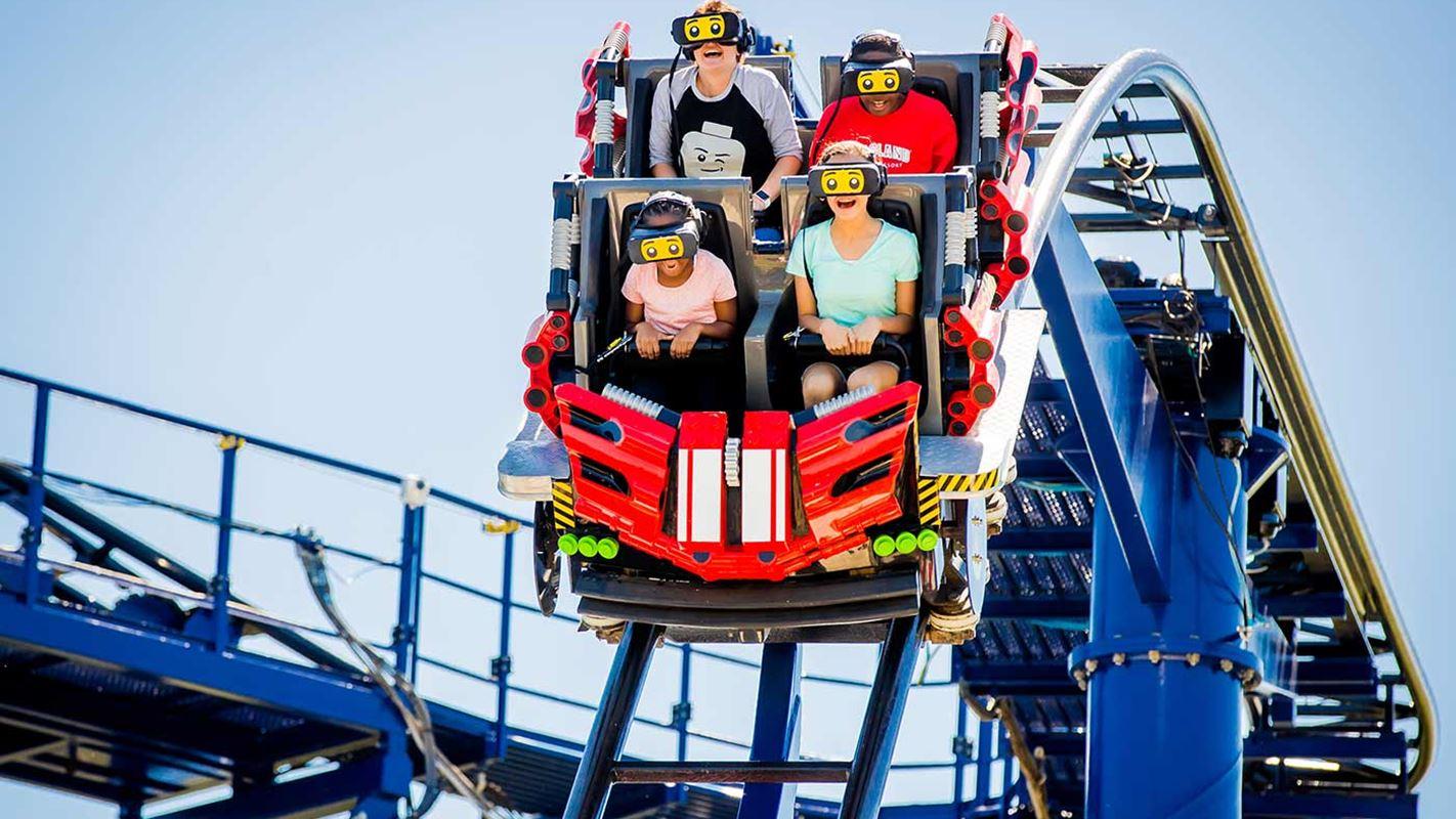 Roller Coaster Berbasis VR Hadir Perdana di Legoland Malaysia