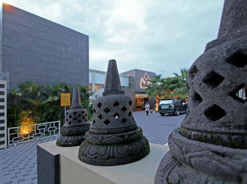 daftar hotel bintang 3 dekat malioboro yogyakarta