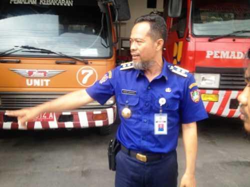 310118pemadam kebakaran Gatot Sutanto