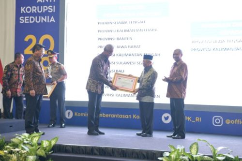 Penghargaan Antikorupsi 768x512