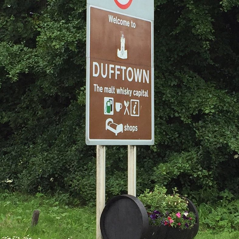 Dufftown city sign