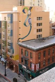 Intertwined-Glide-Housing