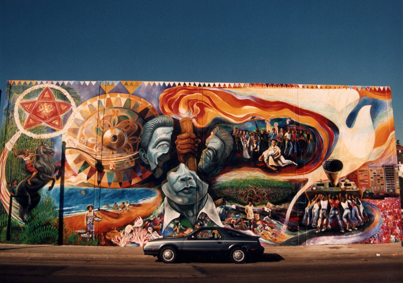 Alemany-People-Power-mural