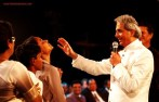 signs-miracles-wonders-charismatic-perntacostal-church-holy-laughter-benny-hinn-faith-healer-e1445562113822