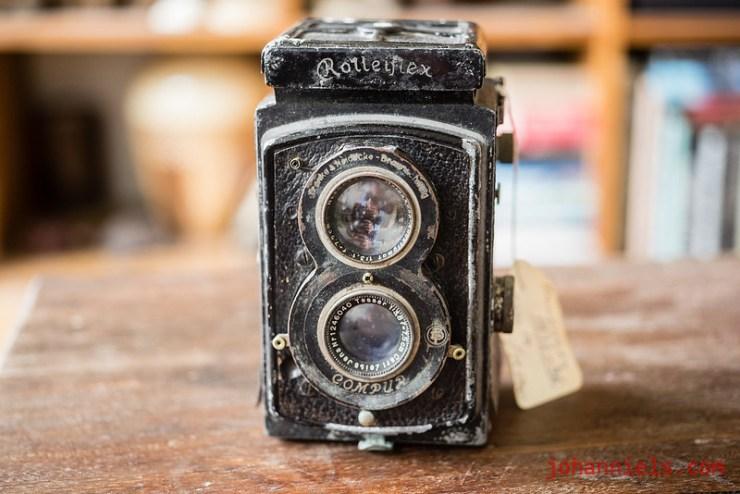 Rolleiflex 1932 camera, type 621 Tessar 75mm 3.2 lens