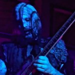 John 5 plays Beat It
