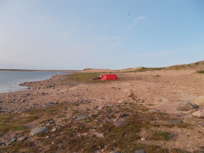Camp on the Thelon River about 8km above Aberdeen Lake