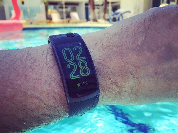 In the pool with the Gear Fit2