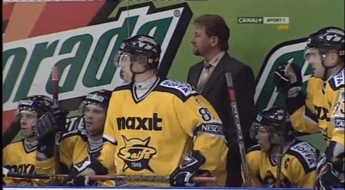 fin-hockey03.jpg