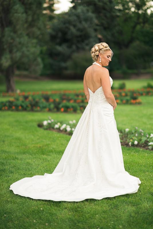 Denver Wedding Photographer bride in park