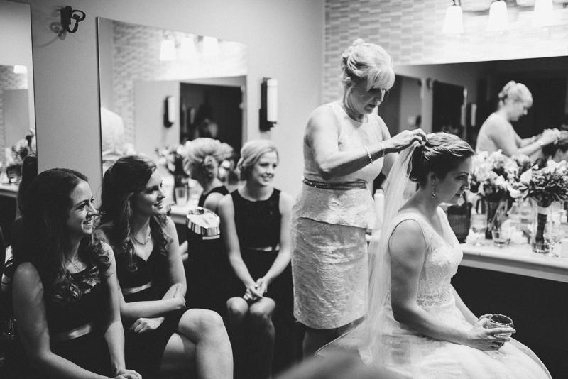Golden Wedding Photographer bride getting ready