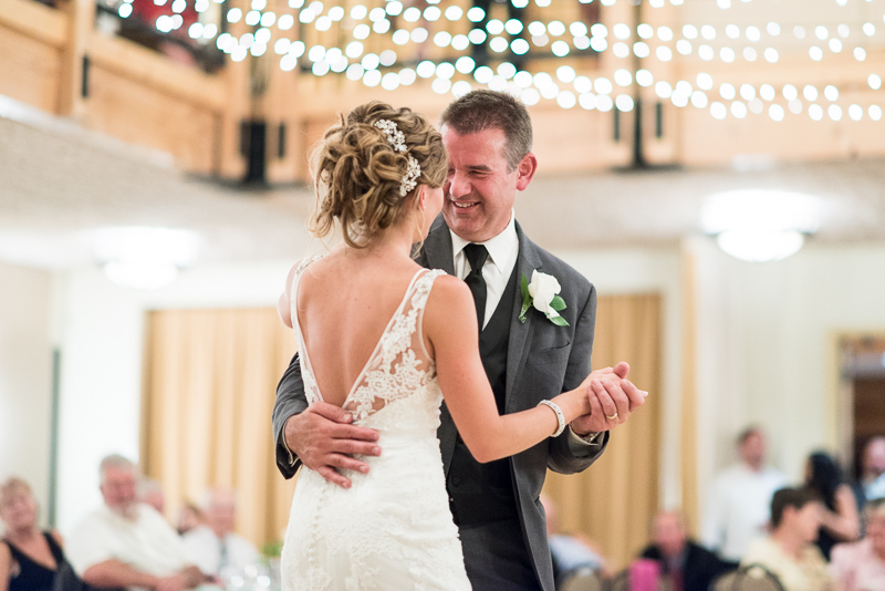 Silverthorne Wedding Photographer first dance