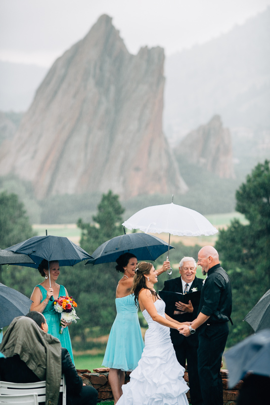 Denver wedding photography arrowhead golf course rain