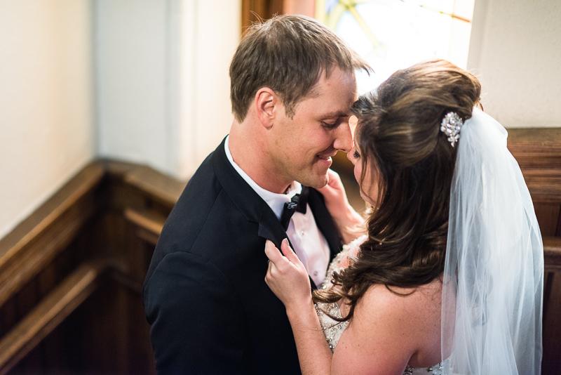 denver wedding photography church kiss