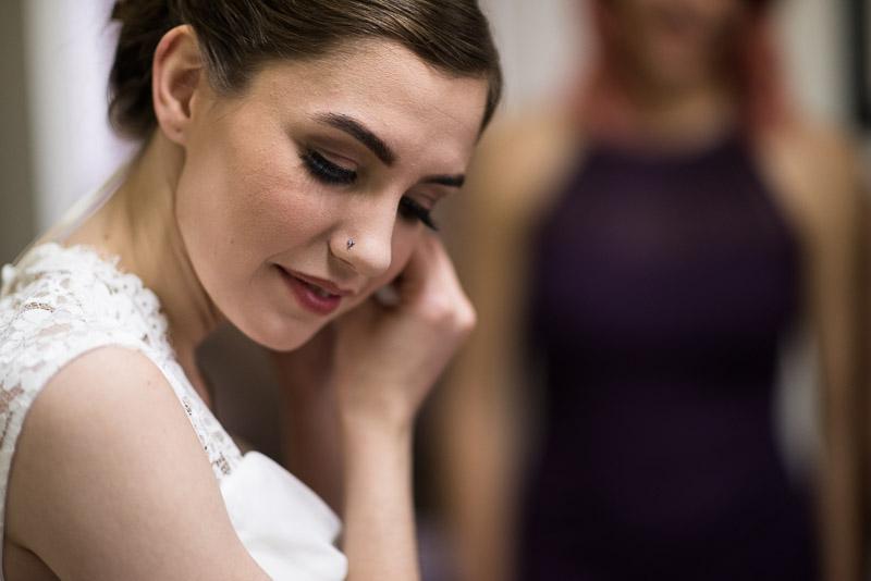 chatfield botanic gardens wedding photography bride earring