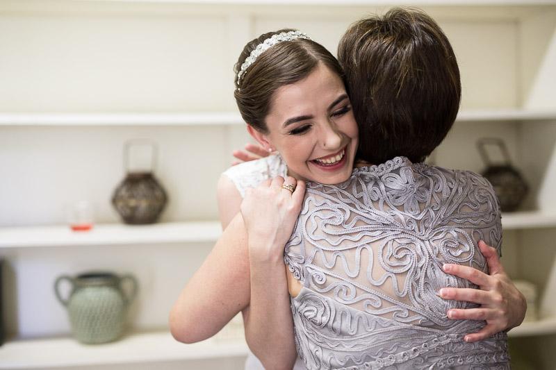 chatfield botanic gardens wedding photography hug smile