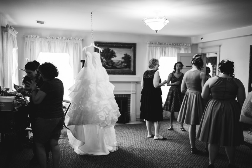 morrison willow ridge manor wedding photographer dress