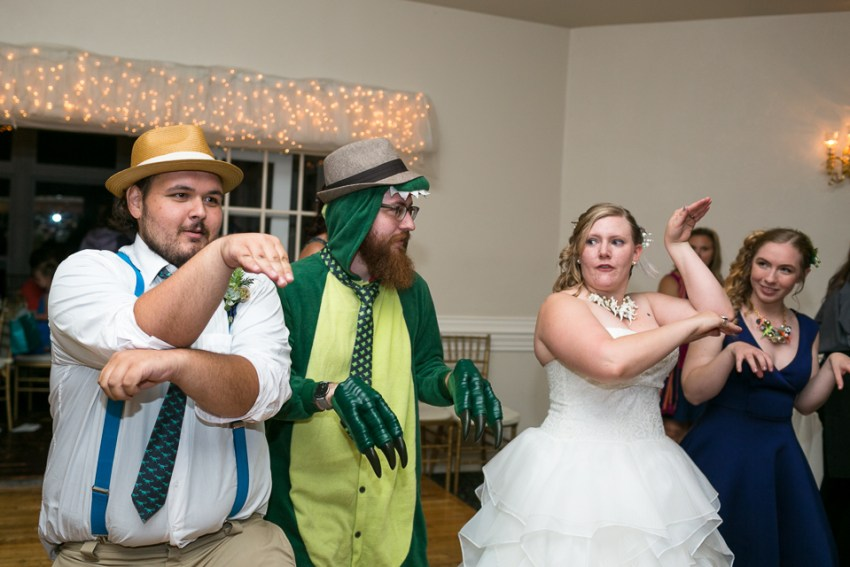 morrison willow ridge manor wedding photographer dancing dinosaur