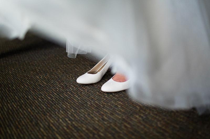 denver jewish wedding photographer bride shoes
