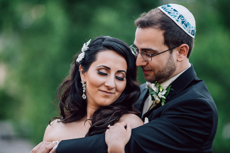 denver jewish wedding photographer tender moment